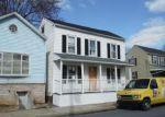 Foreclosed Home in Marietta 17547 E MARKET ST - Property ID: 4256006787