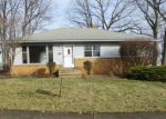Foreclosed Home in Cleveland 44134 JEANNE DR - Property ID: 4256214827