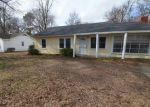 Foreclosed Home in Greenville 38703 JOHN ST - Property ID: 4256562570