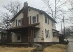 Foreclosed Home in Fort Wayne 46807 BEAVER AVE - Property ID: 4256665492