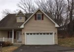 Foreclosed Home in Waterbury 06705 BETH LN - Property ID: 4256779359