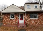 Foreclosed Home in Hamden 06517 FARNSWORTH ST - Property ID: 4256870913