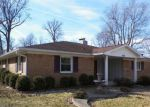 Foreclosed Home in Muncie 47304 W TWICKINGHAM DR - Property ID: 4257043912