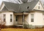 Foreclosed Home in Sorento 62086 S EAST ST - Property ID: 4257079825