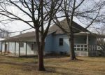 Foreclosed Home in Gillespie 62033 E WALNUT ST - Property ID: 4257080248