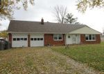 Foreclosed Home in Indianapolis 46203 S KENMORE RD - Property ID: 4258022328
