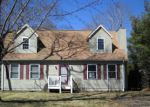 Foreclosed Home in East Quogue 11942 POST XING - Property ID: 4258310523