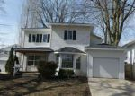 Foreclosed Home in Lincoln 62656 HUDSON ST - Property ID: 4258518113