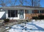 Foreclosed Home in Oak Park 48237 SUNSET BLVD - Property ID: 4258939448
