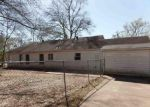 Foreclosed Home in Marshall 75670 GAIL CIR - Property ID: 4259762400