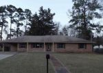 Foreclosed Home in Marshall 75670 FISHER DR - Property ID: 4259766345
