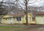 Foreclosed Home in Sorento 62086 OLD RIPLEY RD - Property ID: 4260562591