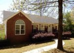 Foreclosed Home in Trussville 35173 MOBILE AVE - Property ID: 4261175302