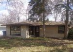Foreclosed Home in Steger 60475 KINGS RD - Property ID: 4262862832
