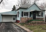 Foreclosed Home in Litchfield 62056 N WALNUT ST - Property ID: 4262875972
