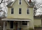 Foreclosed Home in Pittsburgh 15216 SUBURBAN AVE - Property ID: 4263213192