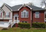Foreclosed Home in Clarksville 37043 MOUNTAIN WAY - Property ID: 4263990157