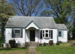 Foreclosed Home in Chattanooga 37404 PEGGY LN - Property ID: 4264682162