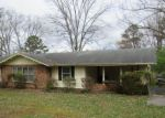 Foreclosed Home in Knoxville 37912 CHESSWOOD DR - Property ID: 4264683932