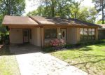 Foreclosed Home in Shreveport 71106 MELROSE ST - Property ID: 4266123992