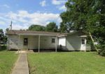 Foreclosed Home in Ville Platte 70586 WYBLE RD - Property ID: 4266157706