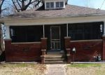 Foreclosed Home in Carbondale 62901 N SPRINGER ST - Property ID: 4266252747
