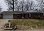 Foreclosed Home in Belleville 62221 MONTEREY DR - Property ID: 4266267187