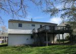 Foreclosed Home in New Castle 19720 SKYLINE DR - Property ID: 4266550563