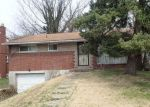Foreclosed Home in Verona 15147 MARK DR - Property ID: 4267158921