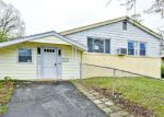 Foreclosed Home in Oxon Hill 20745 COLONY RD - Property ID: 4267254837