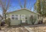 Foreclosed Home in Cedar Rapids 52404 21ST AVE SW - Property ID: 4267415565