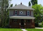 Foreclosed Home in Newton 50208 E 8TH ST N - Property ID: 4267417758