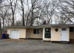 Foreclosed Home in Toms River 08755 OAKSIDE DR - Property ID: 4267559213
