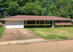 Foreclosed Home in Clinton 39056 CANTERBURY LN - Property ID: 4268351965