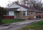 Foreclosed Home in Harvey 60426 CALUMET BLVD - Property ID: 4270370575