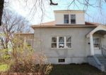 Foreclosed Home in Stratford 06615 YARWOOD ST - Property ID: 4270761242