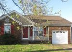 Foreclosed Home in Clarksville 37042 GRASSMIRE DR - Property ID: 4270861547