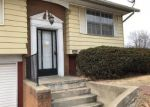 Foreclosed Home in Godfrey 62035 KING ARTHUR LN - Property ID: 4271230760