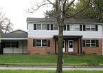 Foreclosed Home in Peoria 61614 W GLEN AVE - Property ID: 4271271486