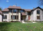 Foreclosed Home in Clinton Township 48038 VILLA GRANDE CIR - Property ID: 4271387549