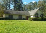 Foreclosed Home in Carthage 39051 HIGHWAY 35 S - Property ID: 4271421717