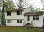 Foreclosed Home in Browns Mills 8015 CALIFORNIA TRL - Property ID: 4271768142