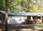 Foreclosed Home in Camden 71701 HAWTHORNE AVE - Property ID: 4272115458