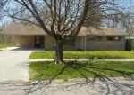 Foreclosed Home in Flint 48507 CARMANBROOK PKWY - Property ID: 4272411983