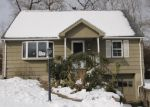 Foreclosed Home in Bridgeport 06606 TRAVIS DR - Property ID: 4273202513