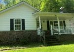 Foreclosed Home in Chapmanville 25508 STRIKER FORK RD - Property ID: 4273863866