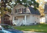 Foreclosed Home in Fort Wayne 46807 W WILDWOOD AVE - Property ID: 850384487