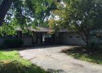 Foreclosed Home in Toledo 43606 WICKLOW RD - Property ID: 864897186