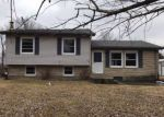 Foreclosed Home in New Haven 40051 PINE TREE DR - Property ID: 871943767