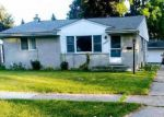 Foreclosed Home in Warren 48092 NORRID CIR - Property ID: 883101134